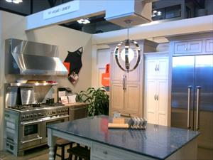 Top's Appliances & Cabinetry Showroom